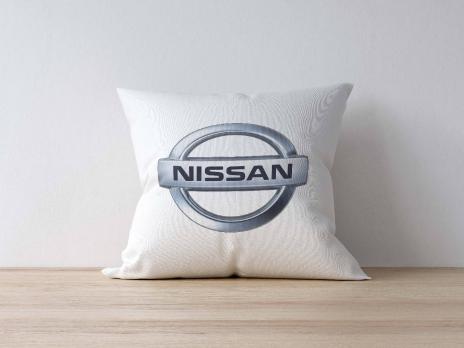 Подушка с логотипом NISSAN