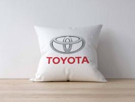 Подушка с логотипом TOYOTA