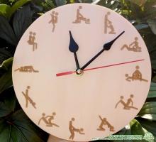 Настенные часы 18+ Кама-Сутра